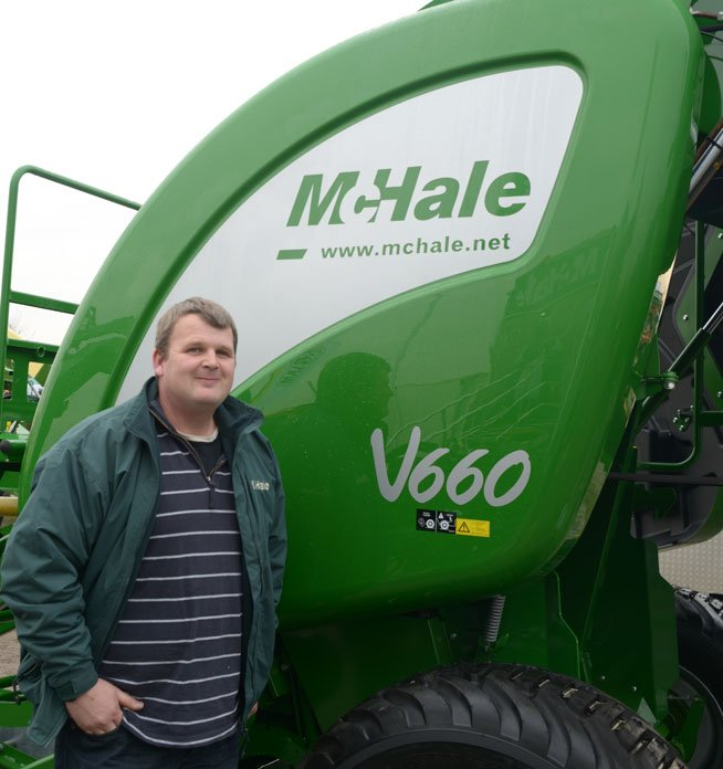 Customer Review - Andrew Brown - V660